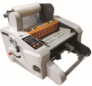 Perfect Roll Laminating Machine (GT-F350A) pictures & photos