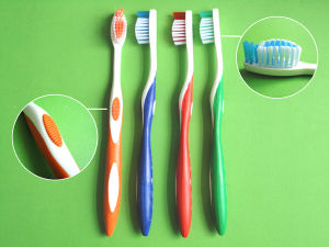Adult Toothbrush Hard pictures & photos