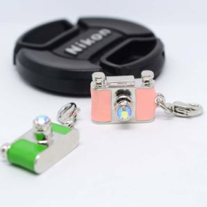 Guangzhou Factory Price Alloy Charm Camera Charms in Bulk pictures & photos