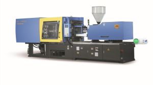 70t Servo Plastic Injection Molding Machine (YS-700V6) pictures & photos