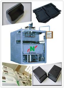 Mini Automatic Thick Sheet Vacuum Forming Machine Thermoformer pictures & photos