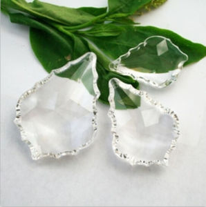 Maple Leaf Shaped Crystal Beads for Chandeliers pictures & photos