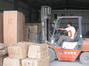 Warehousing Storage, Expert Shipping Agent, Trucking Service, Pick up pictures & photos