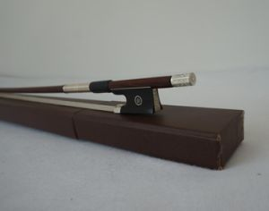 Sinomusik Musical Instruments Brazilwood Violin Bow pictures & photos