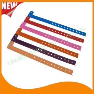 Entertainment Plastic Full Color Printing ID Wristbands (E8070-1) pictures & photos