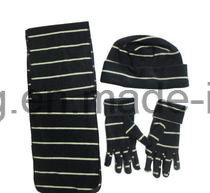 New Style Lady Knitting Winter Warm Printed Polar Fleece Set pictures & photos
