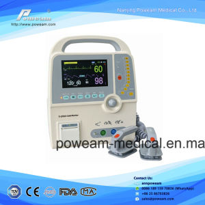 7′ Color LCD Display Aed Automated External Defibrillator (D-2000A) pictures & photos