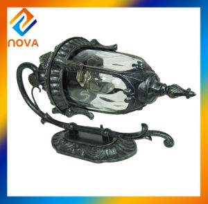 Factory Direct IP44 Retro Outdoor Wall Light Fixing pictures & photos