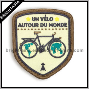 Wholesale Custom Embroidery Patch for Clothing (BYH-101171) pictures & photos