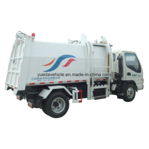 Yueda Brand Side Loading Garbage Truck pictures & photos