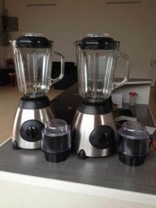 Home Blender Whit 1.5L Glass Jar pictures & photos