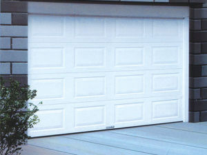 Remote Controlled Automatic Sectional Garage Doors pictures & photos