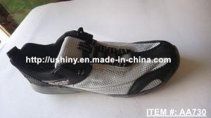 Men′s Breathable Mesh Aqua Water Shoes