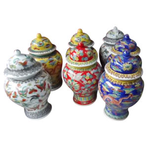 Chinese Antique Furniture Porcelain - Vase pictures & photos