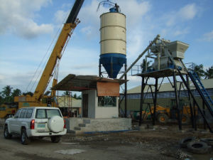 Skip Type Concrete Mixing Plant (HZS35) pictures & photos