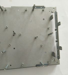 Custom Cutting Bending Revieting Welding and Painting Fabrication pictures & photos