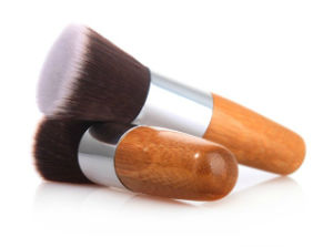 Flat End Multi-Founcational Bamboo Foundation Makeup Brush pictures & photos