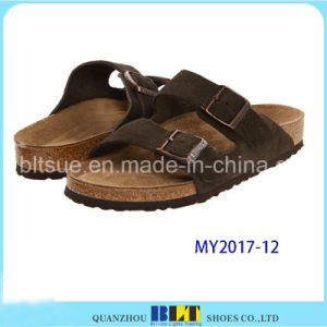 Men Outdoor Desinger Slippers with Buckles pictures & photos