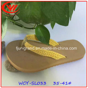 Fabric Upper and Light EVA Sole Slipper for Women pictures & photos