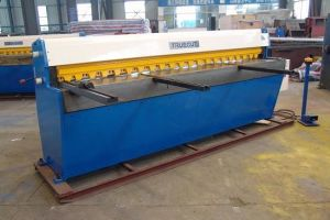 Precise Metal Cutting Machine with Good Quality Qd11 3*1300 pictures & photos