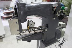 Economical Box Corner Taping Machine (YX-40) pictures & photos