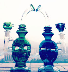 Inverted Triangle Fab Hole Tornado Percolate Water Glass Pipe: pictures & photos