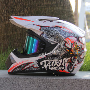 Four Season Helmet Full Face Motorcycle Helmet (MH-001) pictures & photos