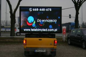 Outdoor Mobile LED Display pictures & photos