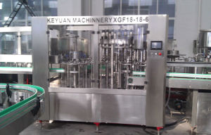 Glass Bottle Filling Machine for Alcohol and Wine pictures & photos