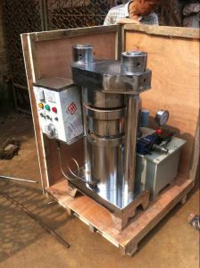 Qyz-410 Hydraulic Sesame Oil Press to Press All Kinds of Vegetable Seed, Sesame, Olive, Sunflower Seed, Peanut, Palm pictures & photos