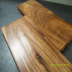 Indoor Usage Handscraped Asian Walnut Acacia Solid Wood Flooring