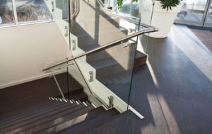 New Design Double Patch Fittings Glass Balustrade pictures & photos