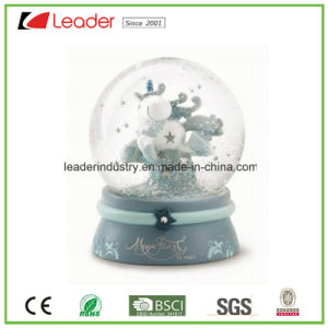 Polyresin Gifts Snow Globe with Customized for Home Decoration and Promotional Gifts pictures & photos