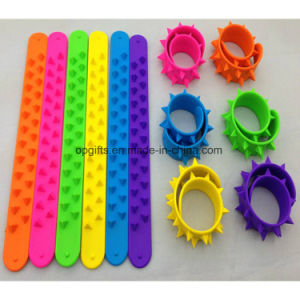 Custom Silicone Bands & Safety Armband & Slap Wrist Band pictures & photos