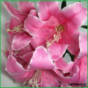 Artificial Flower Lily Fake Flowers for Wedding Home Decoration pictures & photos