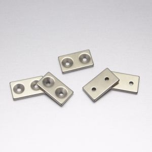 Strong Block Magnetic Countersunk Neodymium Used with Screw pictures & photos