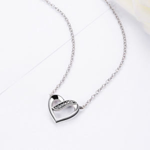 925 Sterling Silver Ribbons of Love, Clear CZ Pendants Necklace for Women pictures & photos