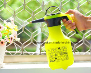 One-Hand Pressure Sprayer for Fertilizer, Herbicides and Pesticides, 2liter Plastic Pump Pressure Watering Can Pressurized Sprayer Bottle Sprinkling Garden Tool pictures & photos