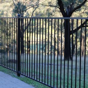 Flat-Top Anti-Rust Black Galvanized Steel Fence with High Quality pictures & photos