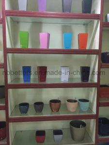2017 Plastic Self Watering Garden Flower Pot Stands pictures & photos
