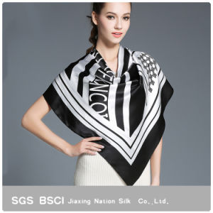 2017 Black Silk Square Scarf for Women pictures & photos