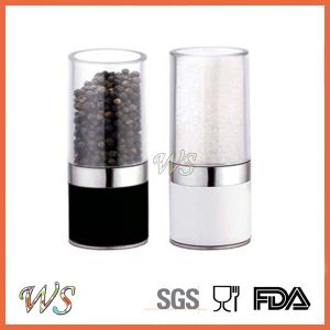 Ws-Pgs015 Black and White Salt and Pepper Mill Set Pepper Grinder Set pictures & photos