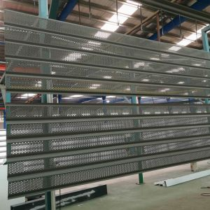 3mm Thick Perforated Aluminum Screen Panel for Making up Facades pictures & photos