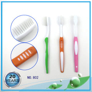 Yangzhou Tongue Cleaner and Massager Adult Toothbrush pictures & photos