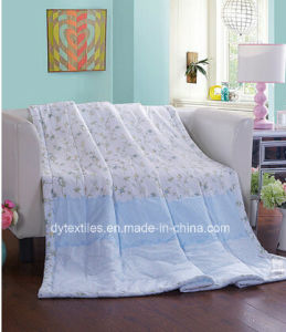 Competitive Quality&Price Polyester/Cotton Printed Comforter pictures & photos