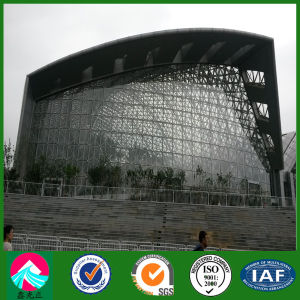 Pre-Engineered Prefab Light Structural Steel Building with Curtain Glass Wall (XGZ-SSB071) pictures & photos