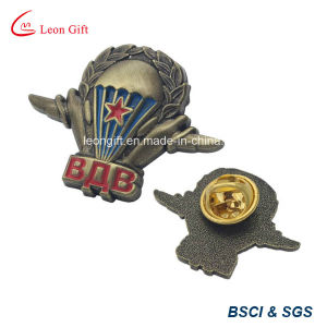 Metal Material Custom Lapel Pin pictures & photos