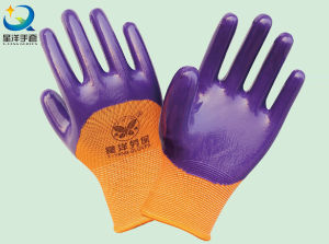 Polyester Shell Nitrile Coated Safety Work Gloves (N6011) pictures & photos