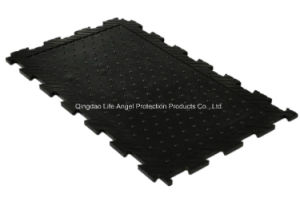 24mm Thickness Interlocking Cow Horse Rubber Mat pictures & photos
