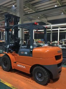 Heli 4.5 Ton Diesel Forklift on Sale pictures & photos